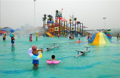 新安周�10大水世界最全攻略�硪u!感受18℃的清�觯�