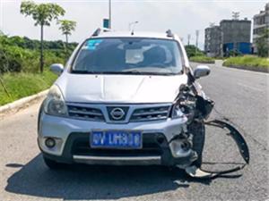 塔头镇濂溪村路口发生一起交通事故!