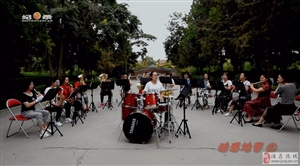 (活力千赢国际|最新官网)《动感地带⑤一支女子管乐队(一)》