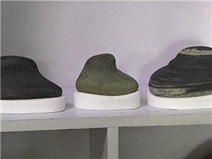 人物故事‖詹忠德和他的靴形奇石