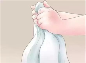 毛巾用久了又臭又滑?滴一滴这个,立马干净如新!