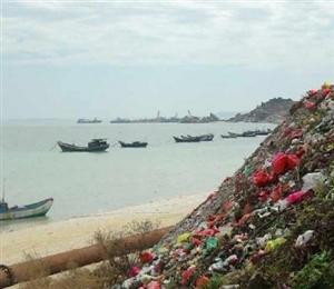 就为了3000元,李某把40吨危险废物倒在洋浦海边!