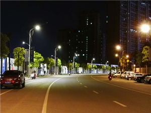 仁寿:市政路灯升级换代;省电六成并实现智能管理