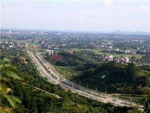 扩散!高州笔架山至茂高快线段路段实行半幅封闭施工,请尽量绕行!