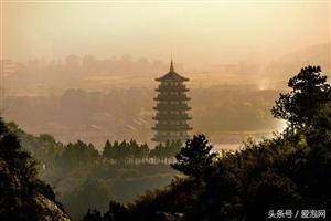 被誉为小桂林的湖南省溆浦县思蒙山水,十里丹霞,秀峰如画