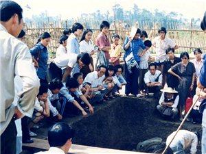 广汉三星堆遗址发掘始末~多幅珍贵历史照片,可能是你第一次看见