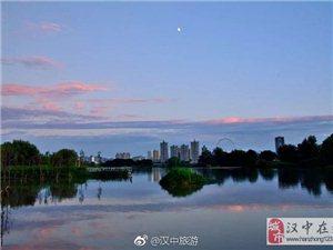 澳门美高梅国际娱乐场江边迷人的晨景与夕阳,不看你后悔!