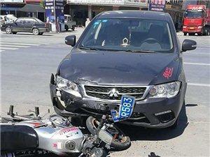 【转发扩散】潢川县开发区菜市场路口发生严重车祸,情况紧急,寻找家人!