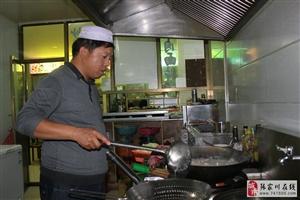吃货们张家川新夜市萨利目烤肉大盘鸡店有你们的最爱