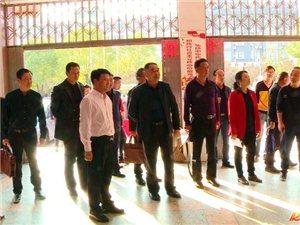 钱丹青等县领导现场调度文明城市创建工作.