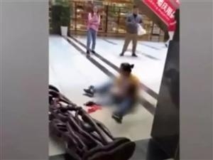 【提醒】夺命几分钟!7岁男孩在商场玩耍时突然身亡,家人嚎啕大哭