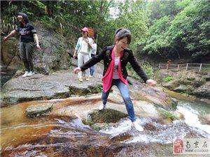 秋浦河百丈崖+从林穿越特色二日游,独家体验农家大锅灶?