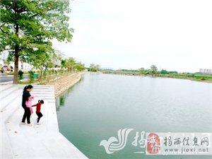 金和镇山湖村在新农村建设中充分发挥生态资源优势