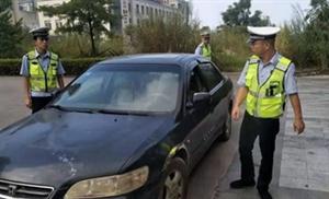 揭西交警五经富中队利用查缉布控系统查获一辆假套牌车辆
