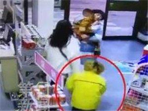 汉中:两女子驾奔驰加油站剐蹭