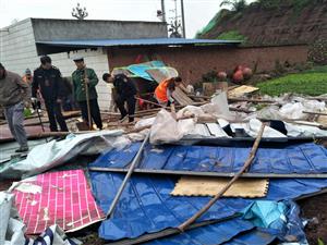 广安区城管执法局官盛大队 加大违建拆除力度改善新区面貌