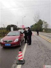 秋风行动 协兴公安开展农村道路交通管控工作