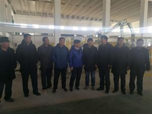 五一种畜场组织职工群众代表外出参观学习