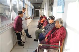 在阜城,有这样一群离开家庭而又幸福快乐的老人们...