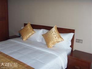 湖生态旅游大酒店有小公寓一套出租