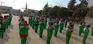 黑池镇中心小学开展爱国主义教育主题活动