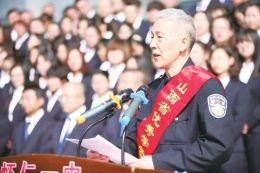 退休老人赵勇:8年办了1496场公益讲座