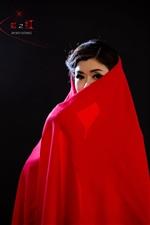 红红的色,红红的年,红红火火过新年――人像摄影(组图)