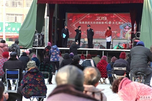 临泉县梆剧团新年送新戏唱到百姓心坎上