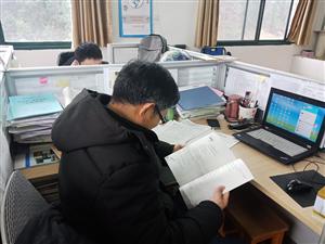 江夏实高师生:四秩改革挥妙笔,九州追梦写华章
