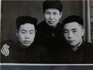 光州?#25163;?#22534;:几张老照片,一段待解的历史