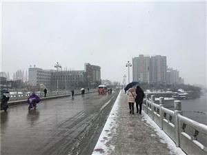 2019年钱柜娱乐城第一场雪!3分钟带你看遍全城雪景,保证惊艳你的眼~