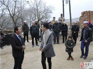 明星杨继明在梁山老家准备了一场家宴,社会名流纷纷前来道贺
