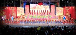 儋州市2019年迎春广场文艺晚会在市民文化广场上演,现场精彩纷呈看点十足