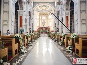 宾客去参加教堂婚礼穿什么好呢?