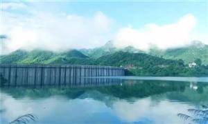 金寨梅山水库大坝