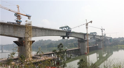 关注!富顺高铁最新进展,沱江大桥桥面工程26日将合龙!