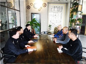 蓝田县公安局党委委员张学民带领网安大队赴企业开展扫黑除恶
