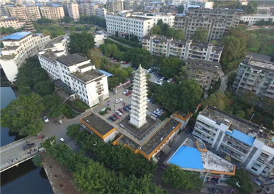 2018年末,蓬溪�h常住人口52.68�f人!