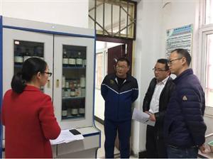 吴汝纶公学开展理化实验室安全检查工作