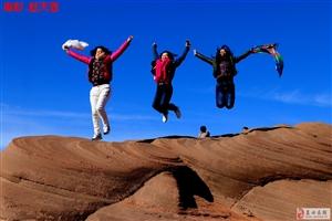 150蓝天人穿越到靖边六千万年前的丹霞地貌