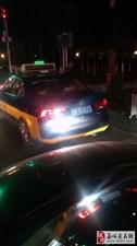 出租车在火车站违章占道,在运管局投诉石沉大海,没有结果