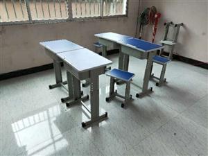 仁怀培训班学生桌椅处理