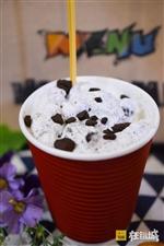 头条丨汝南路8年冰淇淋老店,有多少人从小学吃到大学?