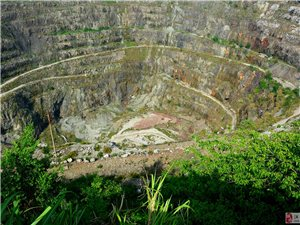 黄石国家矿山公园核心景观――亚洲第一矿坑随拍