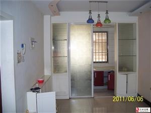 龙泽丽都134平方,一楼带朝南大车库出售