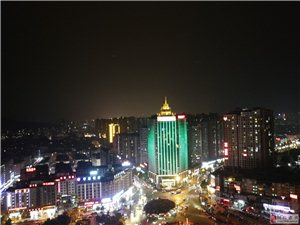 不一样的视觉,铜仁火车站夜景!