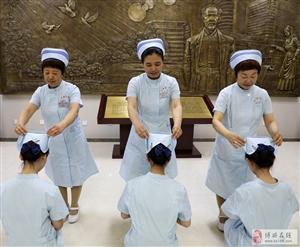 """为新护士授帽迎接""""国际护士节"""""""
