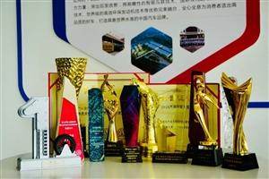 戛纳电影节,众多奖项得主汉腾X7S有话说