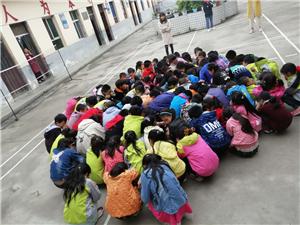 石门镇楼房小学:注重安全不松懈 每月演练成常态