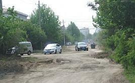 坑人坑车一年多,即墨这条路是修路还是添堵?